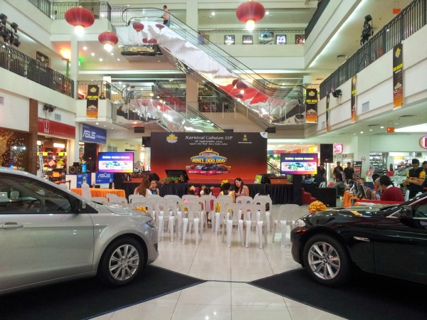 Square One Shopping Mall