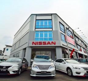 170799-D-Nissan